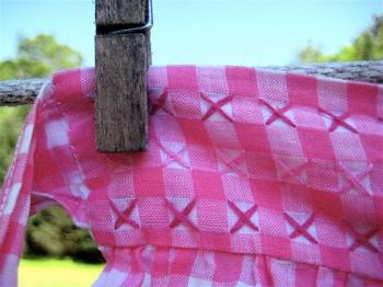 Pink apron detail