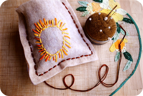 Dream pillow embroidery