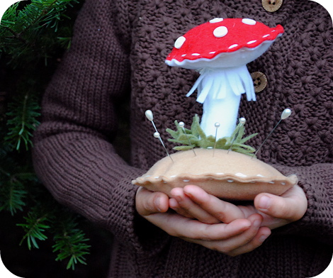 Mushroompincushion